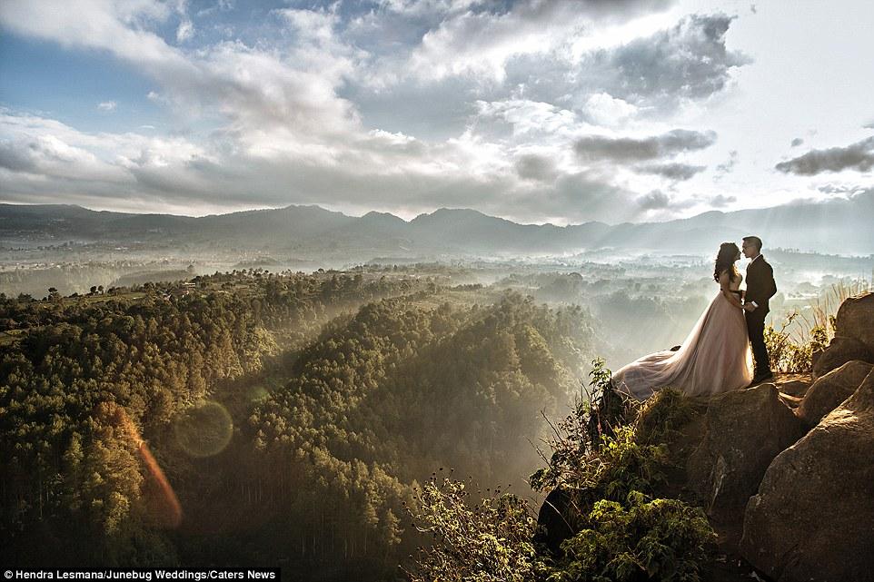 Stunning wedding portraits junebug weddings best for Top 5 wedding destinations